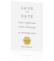 Moderne save the date kaart met strakke lettertypes