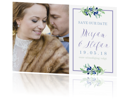 Foto save the date met blauwe bessen